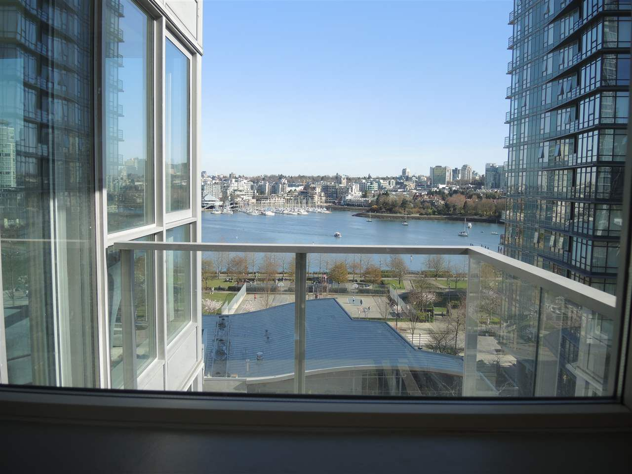 Photo 9: Photos: 902 1408 STRATHMORE MEWS in Vancouver: Yaletown Condo for sale (Vancouver West)  : MLS®# R2011692