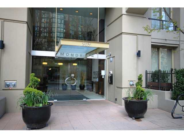 """Main Photo: 1208 969 RICHARDS Street in Vancouver: Downtown VW Condo for sale in """"MONDRIAN II"""" (Vancouver West)  : MLS®# V944640"""