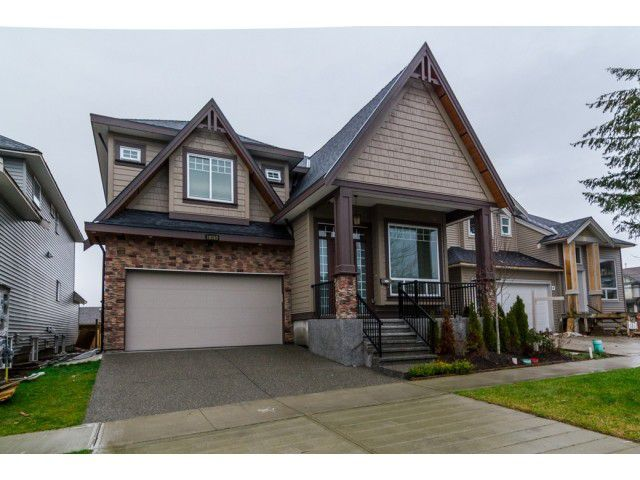 Main Photo: 18383 67 Avenue in Surrey: Cloverdale BC House for sale (Cloverdale)  : MLS®# F1431639
