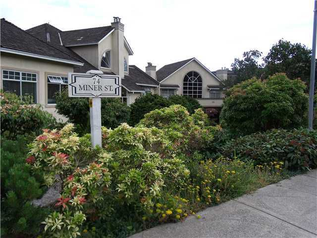 """Main Photo: 114 74 MINER Street in New Westminster: Fraserview NW Condo for sale in """"FRASERVIEW PARK"""" : MLS®# V959432"""
