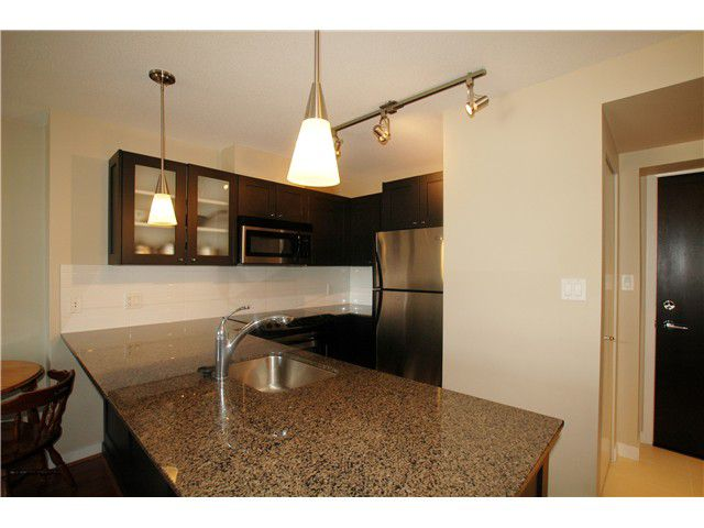 """Main Photo: 802 7225 ACORN Avenue in Burnaby: Highgate Condo for sale in """"AXIS"""" (Burnaby South)  : MLS®# V992494"""