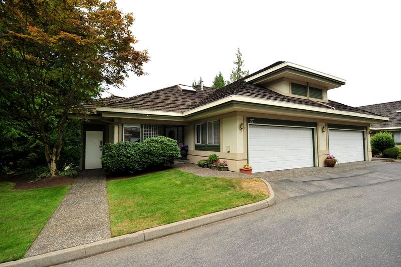 Main Photo: 27 4001 OLD CLAYBURN Road in Abbotsford: Abbotsford East Townhouse for sale : MLS®# F1319230