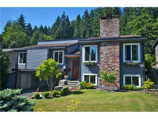 Main Photo: 3843 PRINCESS AV in North Vancouver: Princess Park House for sale : MLS®# V1016657