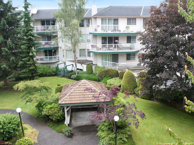 Main Photo: # 303 5363 206 ST in Langley: Langley City Condo for sale : MLS®# F1326867