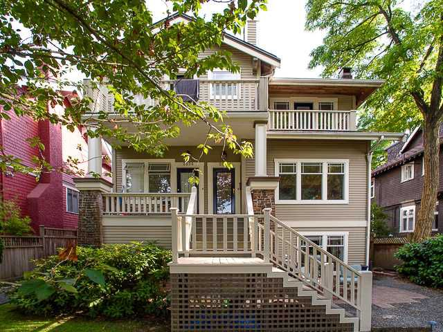Main Photo: 2058 W 13TH AV in Vancouver: Kitsilano Condo for sale (Vancouver West)  : MLS®# V1076372
