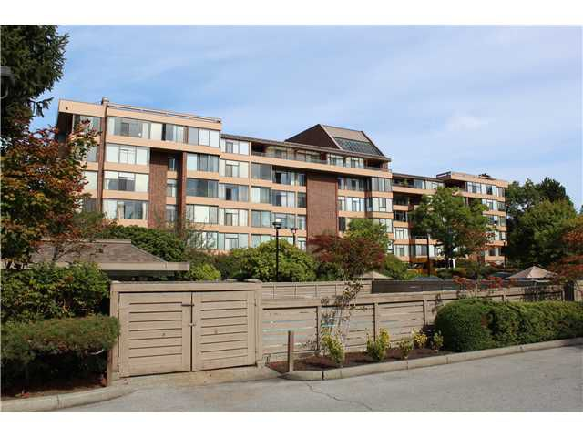 Main Photo: # 102 2101 MCMULLEN AV in Vancouver: Quilchena Condo for sale (Vancouver West)  : MLS®# V1043351