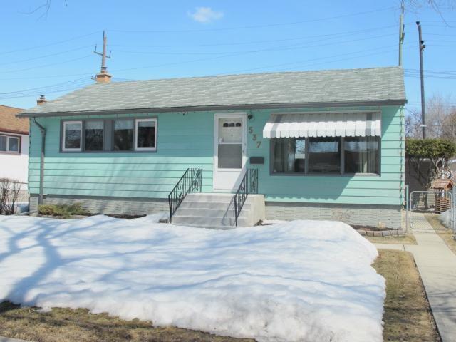 Main Photo:  in WINNIPEG: East Kildonan Residential for sale (North East Winnipeg)  : MLS®# 1307328