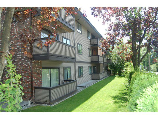 Main Photo: 209 535 Blue Mountain Street in Coquitlam: Condo for sale : MLS®# V1096164