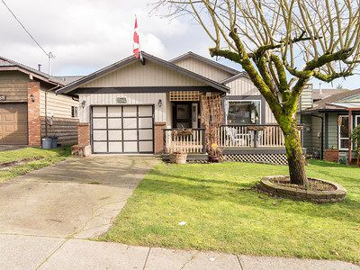 Main Photo: 6740 197 STREET in Langley: Willoughby Heights House for sale : MLS®# R2035529