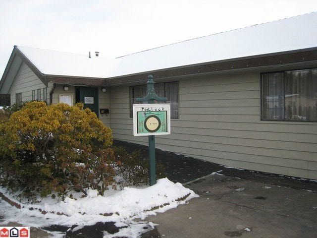 Main Photo: 58 1640 162nd Street in Surrey: King George Corridor Manufactured Home for sale (South Surrey White Rock)  : MLS®# F1228895