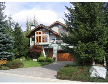 Main Photo: 8429 GOLDEN BEAR PL in Whistler: House for sale : MLS®# V678363