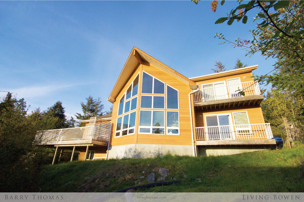 Main Photo: 1538 White Sails Drive in Bowen Island: Tunstall Bay House for sale : MLS®# R2056182