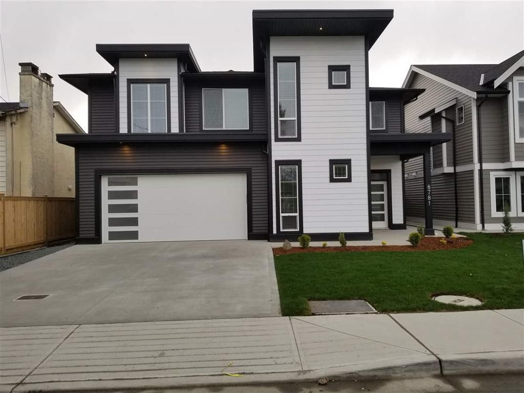 Photo 1: Photos: 8781 Broadway Street in Chilliwack: House for sale : MLS®# R2255844