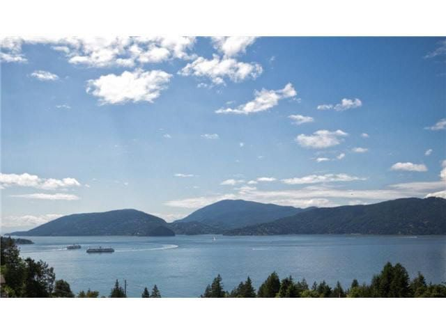 Main Photo: 8603 SEASCAPE PLACE in : Howe Sound Townhouse for sale : MLS®# V1013610
