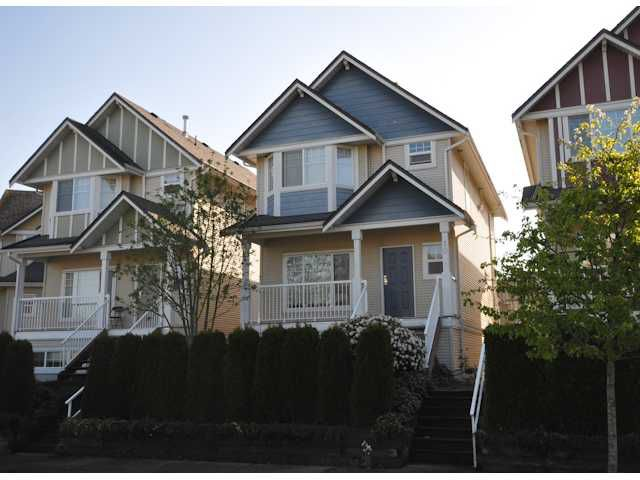 "Main Photo: 10 4711 BLAIR Drive in Richmond: West Cambie Townhouse for sale in ""THE SOMMERTON"" : MLS®# V1000648"