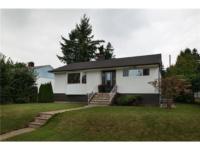 "Main Photo: 119 SINCLAIR AV in New Westminster: GlenBrooke North House for sale in ""GLENBROOKE NORTH"" : MLS®# V1026402"