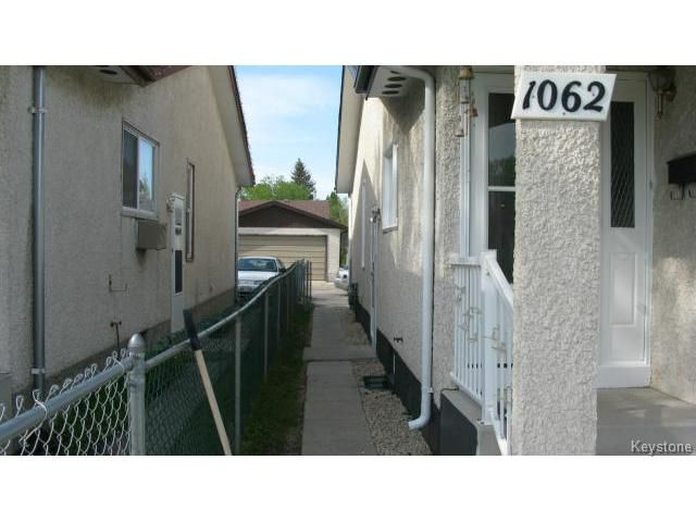 Photo 18: Photos: 1062 McLeod Avenue in WINNIPEG: North Kildonan Single Family Attached for sale (North East Winnipeg)  : MLS®# 1412031