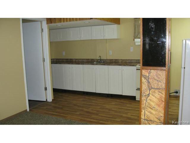 Photo 15: Photos: 1062 McLeod Avenue in WINNIPEG: North Kildonan Single Family Attached for sale (North East Winnipeg)  : MLS®# 1412031