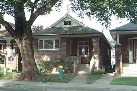 Main Photo:  in EAST YORK: House (Bungalow) for sale (E03: TORONTO)  : MLS®# E979252