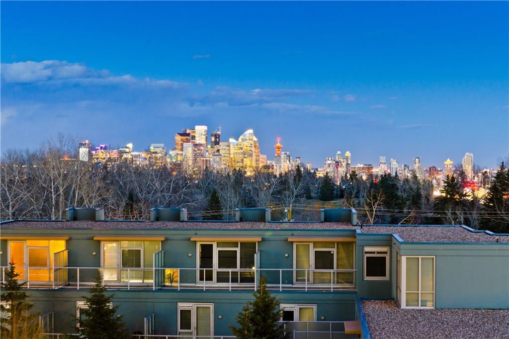 Main Photo: 77 SPRUCE PL SW in Calgary: Spruce Cliff Condo for sale