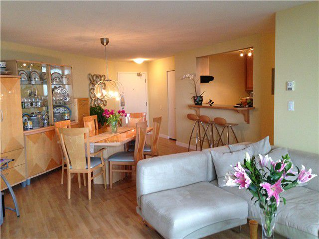 """Main Photo: 1201 3920 HASTINGS Street in Burnaby: Willingdon Heights Condo for sale in """"INGLETON PLACE"""" (Burnaby North)  : MLS®# V991292"""