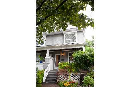 Main Photo:  in : Leslieville Freehold for sale (Toronto E01)