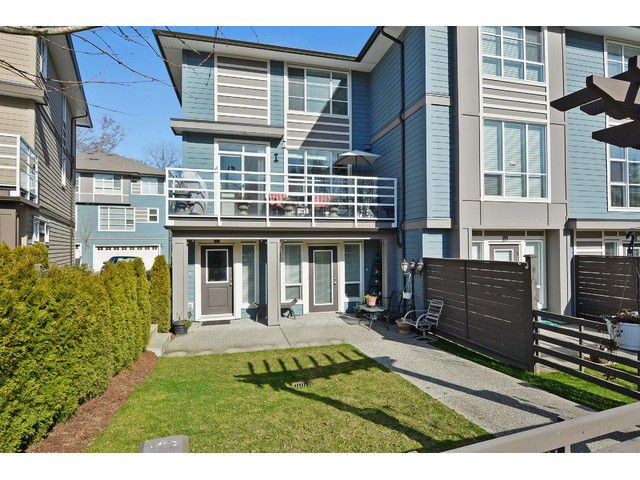 Main Photo: #17-15405 31st Ave in Surrey: King George Corridor Townhouse for sale (South Surrey White Rock)  : MLS®# F1438214