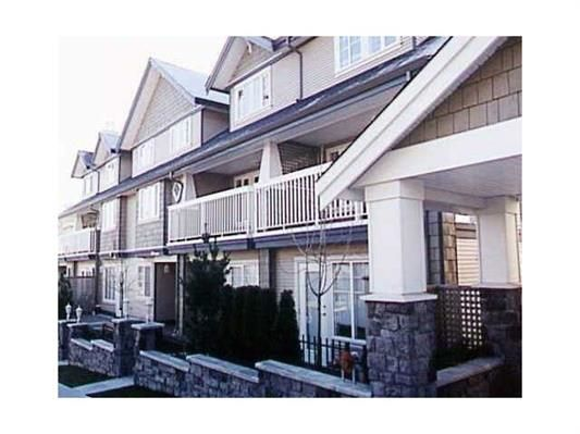 Main Photo: 22 240 TENTH STREET in New Westminster: Uptown NW Townhouse for sale : MLS®# R2019748