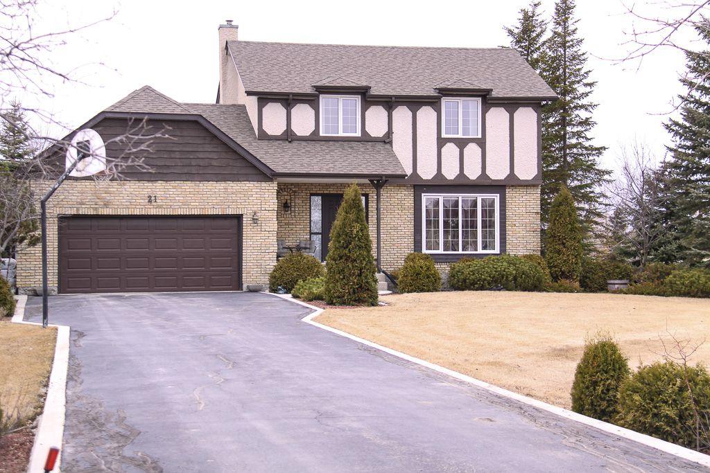 Main Photo: 21 Ramblewood Road in Winnipeg: South St Vital Single Family Detached for sale (South Winnipeg)  : MLS®# 1508668