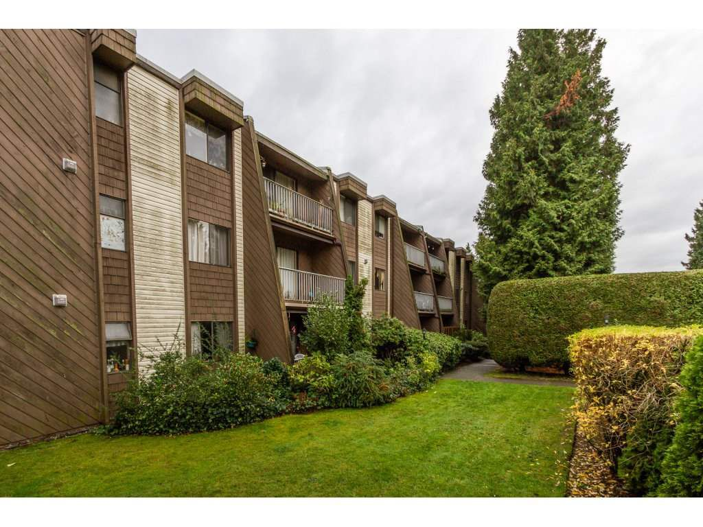 Main Photo: 214 3911 Carrigan Court in Burnaby: Government Road Condo for sale (Burnaby North)  : MLS®# R2122112
