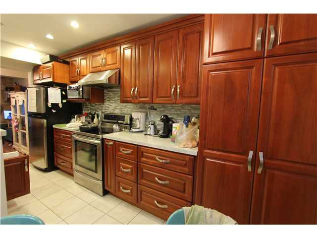 Main Photo: 2686 MOORCROFT CT in Burnaby: Montecito Condo for sale (Burnaby North)  : MLS®# V1064671