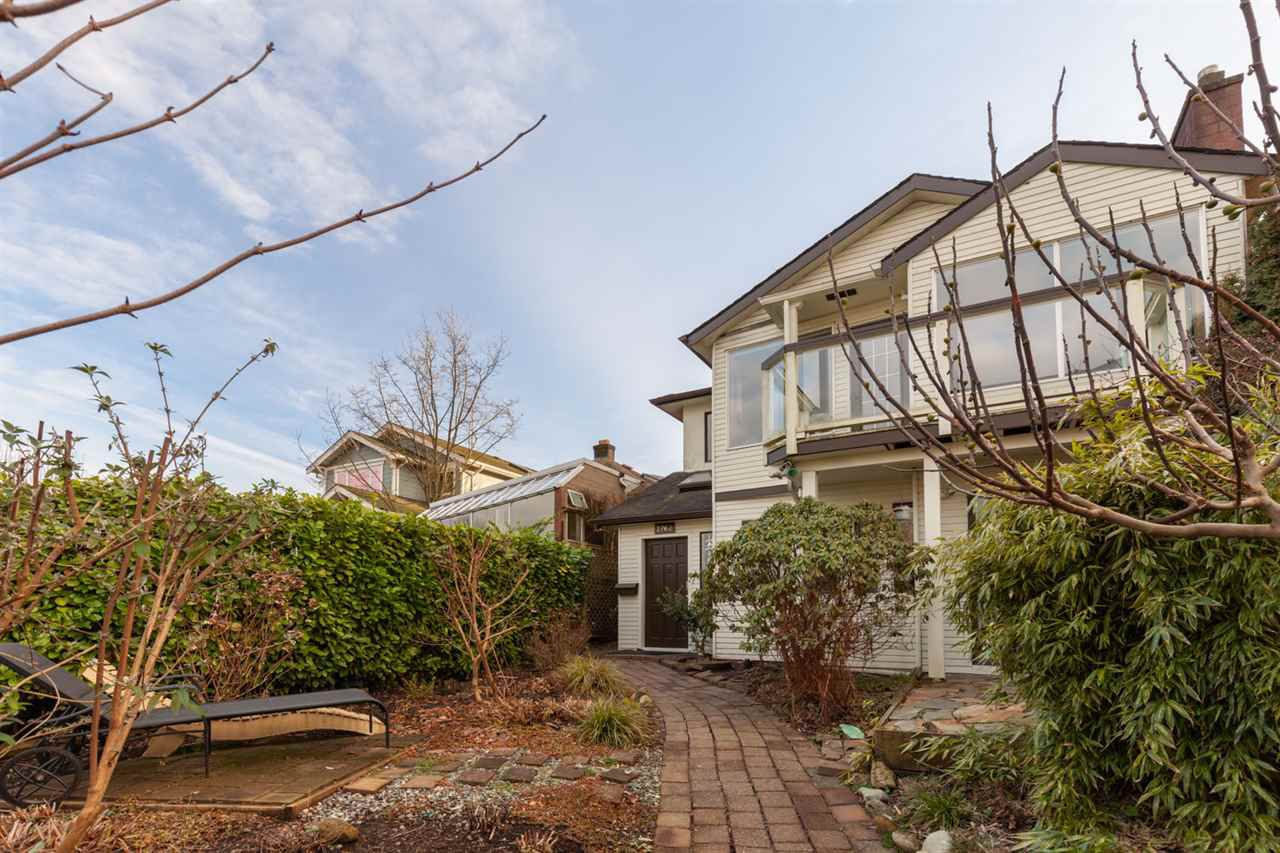 Main Photo: 2762 WALL STREET in Vancouver: Hastings East House for sale (Vancouver East)  : MLS®# R2334748
