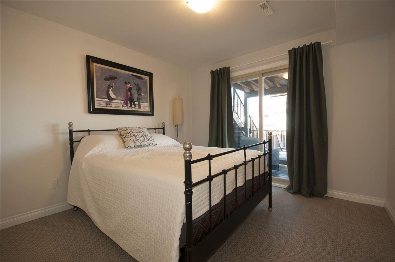 Main Photo: 11597 240 Street in Maple Ridge: Cottonwood MR House for sale : MLS®# R2343035