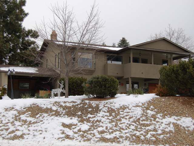 Main Photo:  in Summerland: Residential Detached for sale : MLS®# 141117