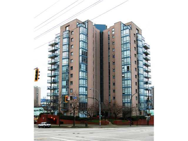 """Main Photo: # 402 - 98 10TH Street in New Westminster: Downtown NW Condo for sale in """"PLAZA POINTE"""" : MLS®# V1018924"""