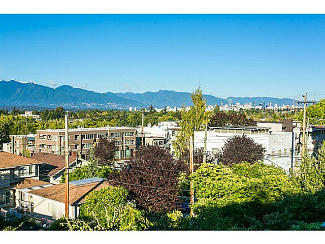 Main Photo: 3817 W 11th Ave in Vancouver: Point Grey House for sale (Vancouver West)  : MLS®# V1087818
