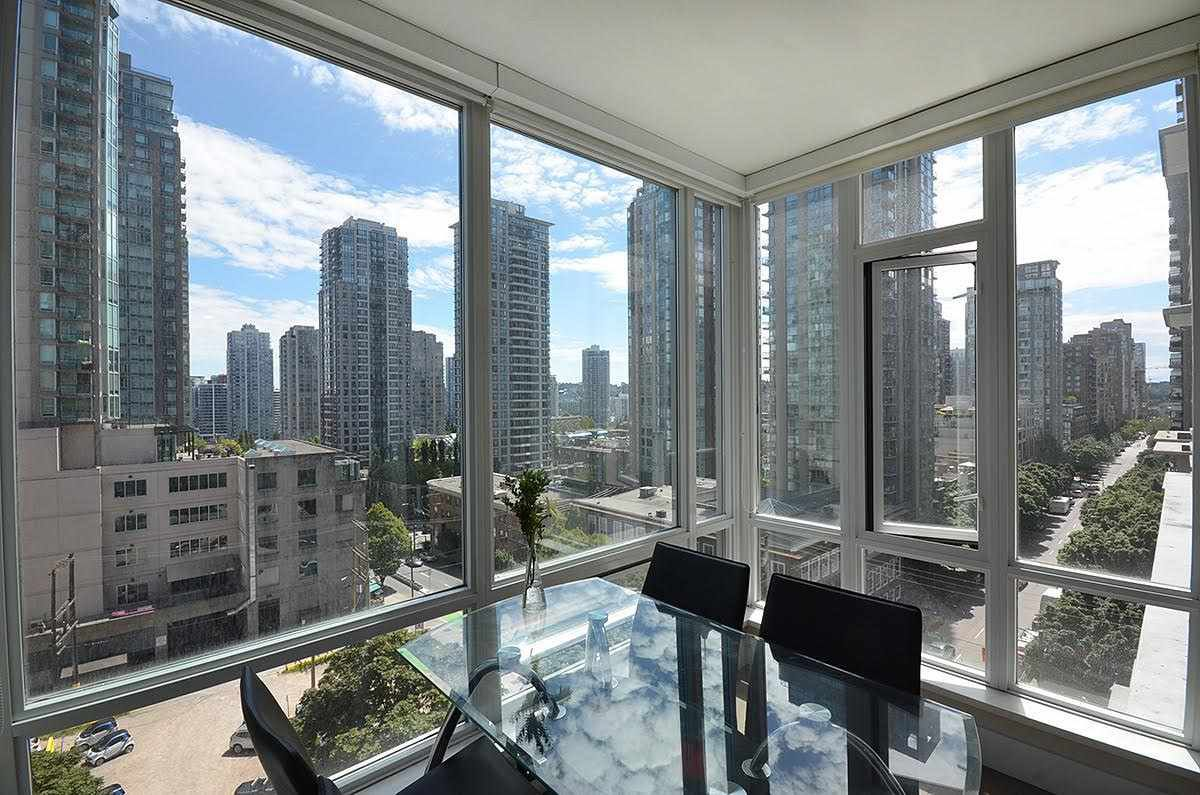 Main Photo: 706 535 SMITHE STREET in Vancouver: Downtown VW Condo for sale (Vancouver West)  : MLS®# R2109457