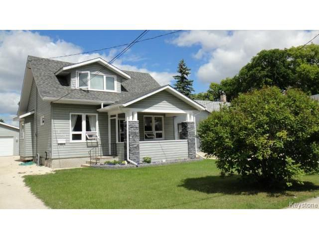 Main Photo: 139 Sadler Avenue in WINNIPEG: St Vital Residential for sale (South East Winnipeg)  : MLS®# 1319250