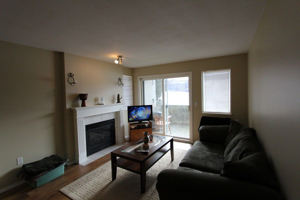 Main Photo: 111 650 SW 3rd Street: Salmon Arm Condo for sale (Shuswap)  : MLS®# 10092796
