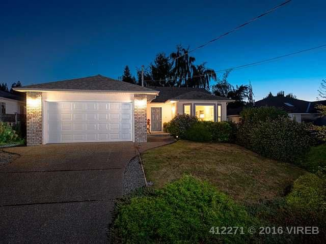 Main Photo: 817 PRIMROSE STREET in QUALICUM BEACH: Z5 Qualicum Beach House for sale (Zone 5 - Parksville/Qualicum)  : MLS®# 412271