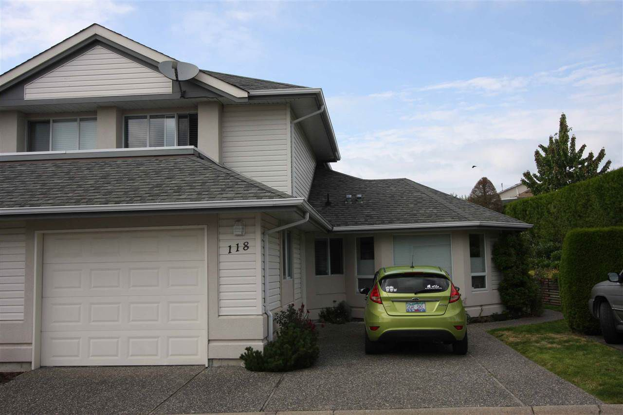 Main Photo: 118 31406 UPPER MACLURE ROAD in Abbotsford: Abbotsford West Townhouse for sale : MLS®# R2093329