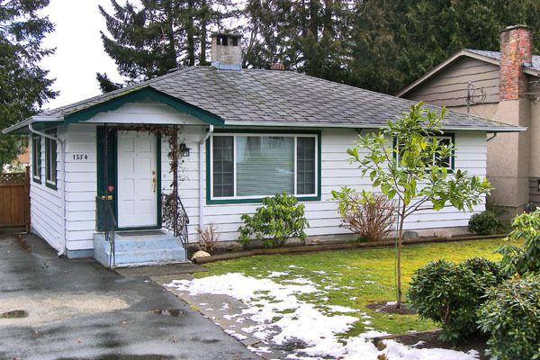 Main Photo: 1554 Stevens Street in White Rock: Home for sale : MLS®# F2802296
