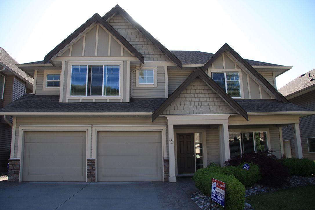 Main Photo: 3 46745 Hudson Rd in Chilliwack: Promontory House for sale : MLS®# R2377104