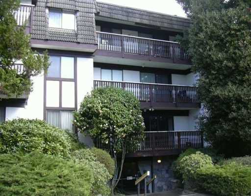 """Main Photo: 101 425 ASH ST in New Westminster: Uptown NW Condo for sale in """"Ashington Court"""" : MLS®# V578751"""