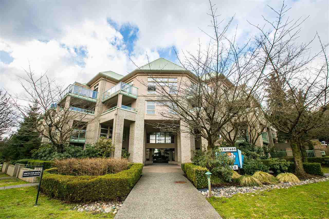 Main Photo: 413A 301 MAUDE ROAD in Port Moody: North Shore Pt Moody Condo for sale : MLS®# R2141033