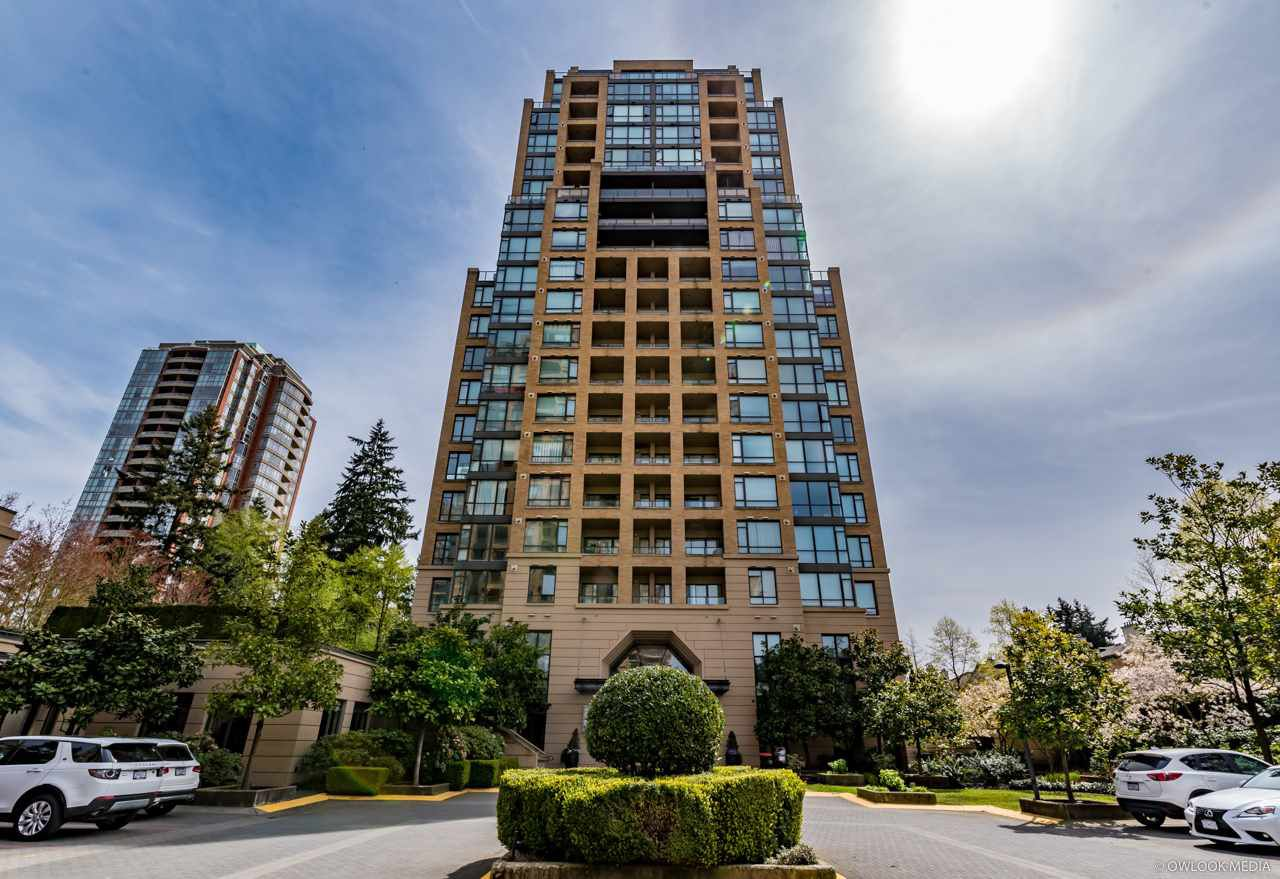 Main Photo: 305 7388 SANDBORNE AVENUE in Burnaby: South Slope Condo for sale (Burnaby South)  : MLS®# R2261624