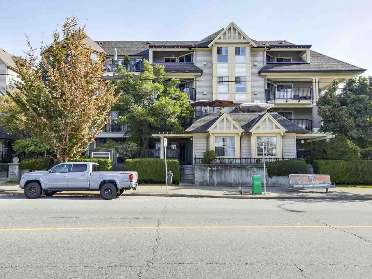 Main Photo: 207 211 TWELFTH STREET in New Westminster: Uptown NW Condo for sale : MLS®# R2309629