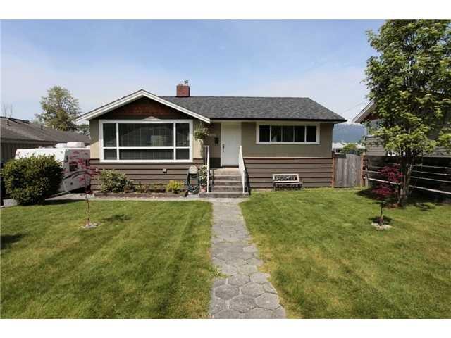 "Main Photo: 7025 RIDGE Drive in Burnaby: Westridge BN House for sale in ""WESTRIDGE"" (Burnaby North)  : MLS®# V949124"
