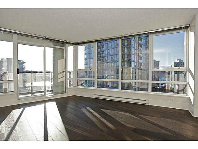 Main Photo: # 1802 928 BEATTY ST in Vancouver: Yaletown Condo for sale (Vancouver West)  : MLS®# V1039355