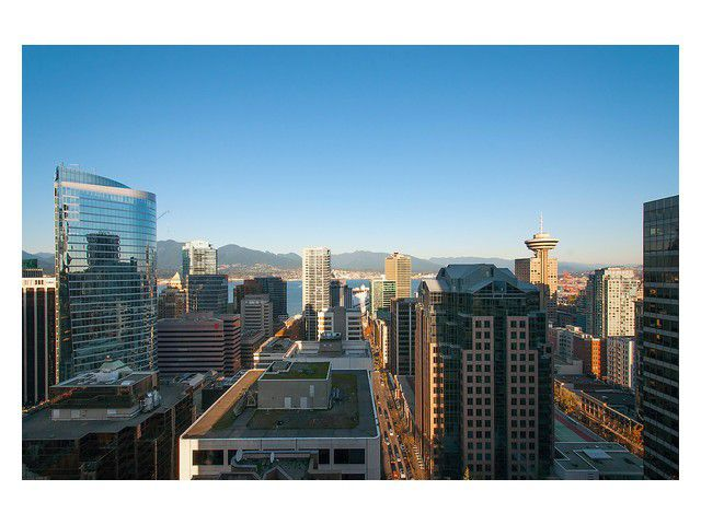 Main Photo: # 2604 667 HOWE ST in Vancouver: Downtown VW Condo for sale (Vancouver West)  : MLS®# V1093939
